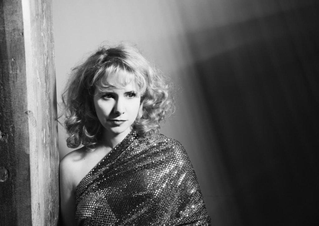 Nellie McKay profile (1280x908)